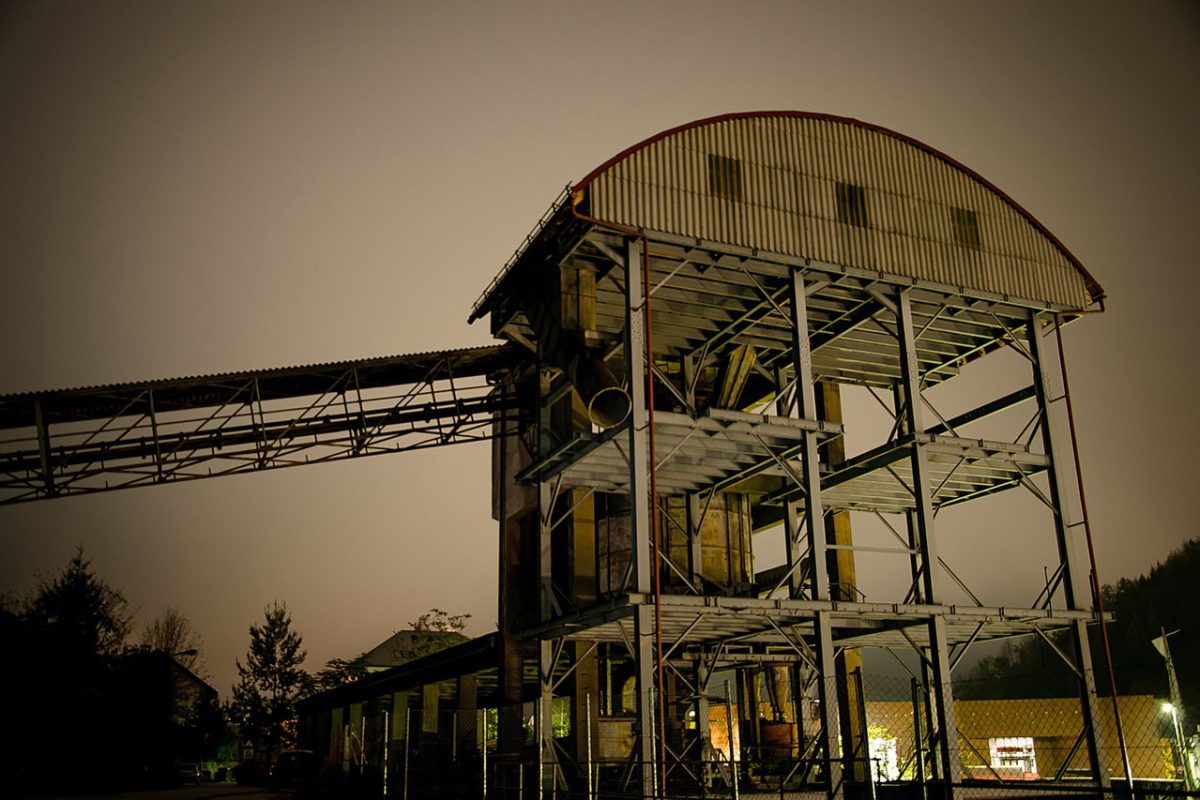 Więcej fabryk – więcej miejsc pracy